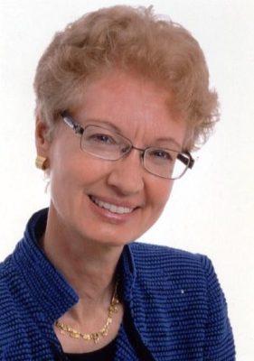 Professor Doris König